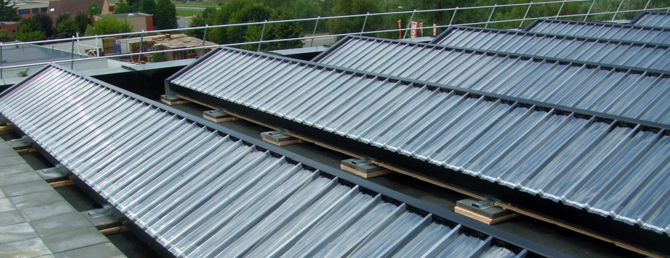 Roof mounted solar air heater in France